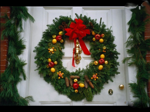 Christmas wreath перевод
